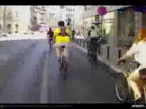 VIDEOCLIP Iubim 2 roti! mars motociclisti si biciclisti