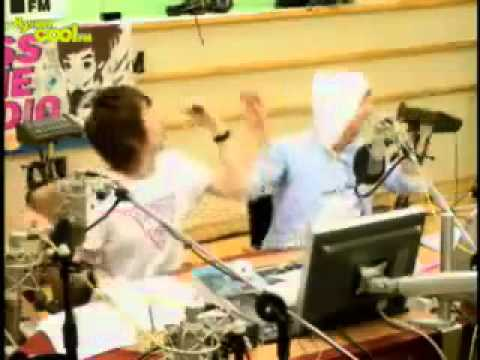 "sukira eunteuk dancing to yoriwang ""cooking cooking"" (full dance)"