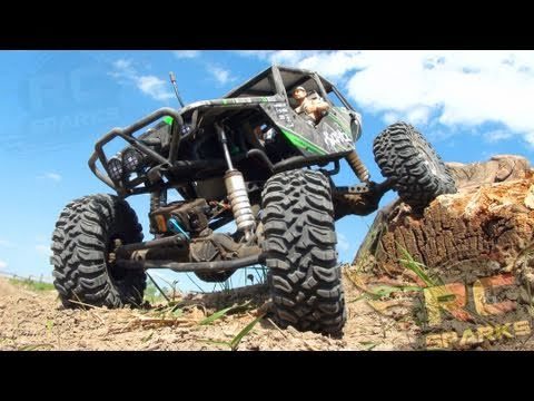 RC ADVENTURES - Axial Wraith - Bashing, Rock Crawling, &amp; Smashing the Trail