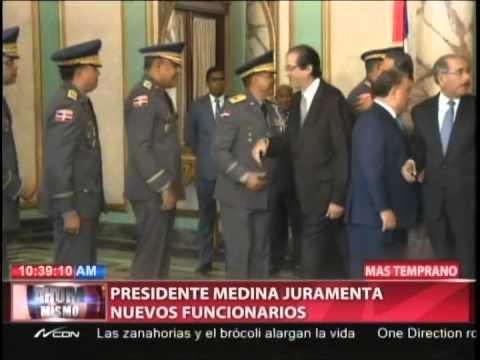 Presidente Medina juramenta nuevos funcionarios…