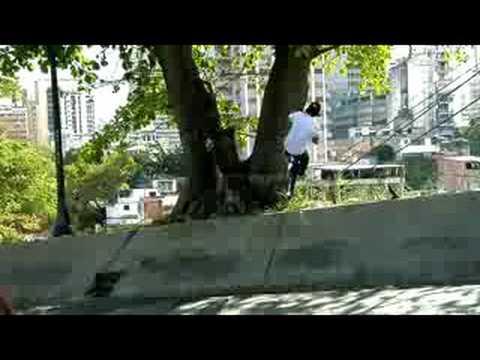 Daniel Dhers BMX session in Caracas - Part 2 - UCblfuW_4rakIf2h6aqANefA