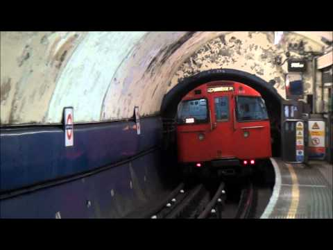 London Underground Trains -ziW6l4r5qjM