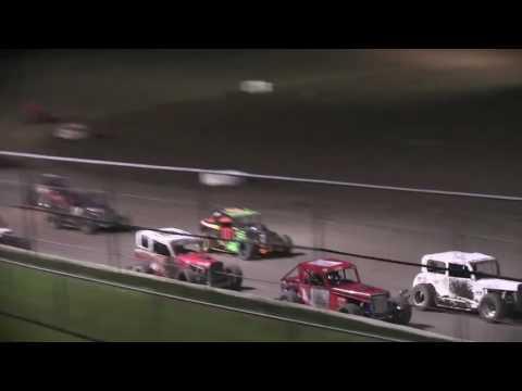 HOT Dwarf 08 26 16 - dirt track racing video image