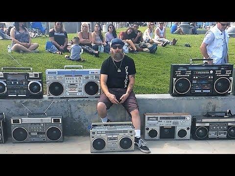 Vintage 80s Boombox Meets: Venice Beach 2017 - UCZXcws1h0-toCG6FUnWYqDQ