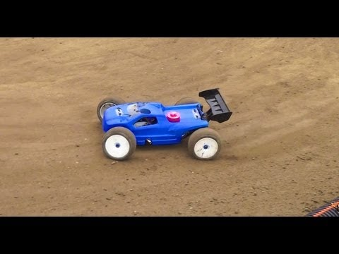 RC ADVENTURES - RC GEARS - DiRT TRACK - NiTRO Truggy & ELECTRiC Buggy Qualifying Races - UCxcjVHL-2o3D6Q9esu05a1Q