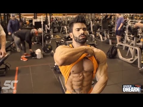 Sergi Constance & Mike O'Hearn CHEST workout at Golds Gym Venice LA - default