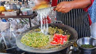 Roadside Randomly Prepared Egg Dishes   Egg Kutles Curry   Egg Street Food   Indian Street Food
