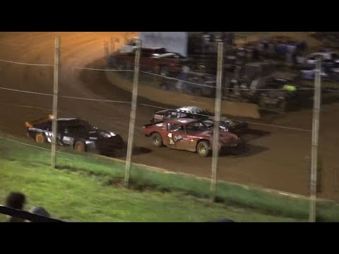 Stock V8 at Winder Barrow Speedway August 28th 2021 - dirt track racing video image