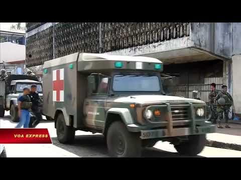 Philippines: 5 nghi can đánh bom ra đầu hàng (VOA)