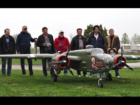 20ft. B-25 Mitchel 2x400cc Moki - Maiden - UC1QF2Z_FyZTRpr9GSWRoxrA