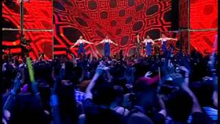 Hot & Amazing (Live @ Mad Awards 2010)