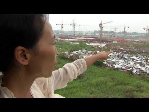 Một gia đình TQ bị chính quyền 'cướp đất'