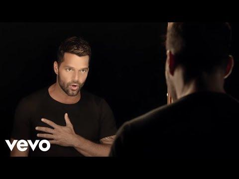 Ricky Martin - Disparo al Corazón (Official Video) - rickymartinvevo