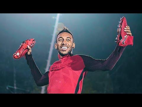 9e2b7eb26 Neymar vs Ronaldo s New Boots ! Nike Play Fire   Ice Cleats ...