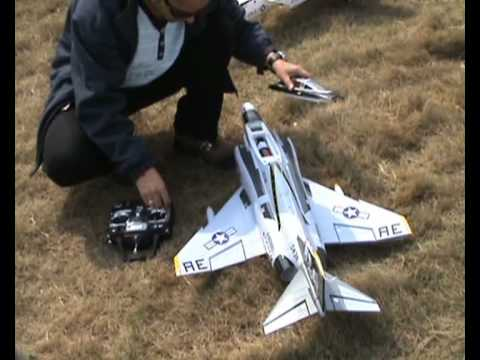 RC F-4 Phantom 2 Maiden Flight n Review - UCsFctXdFnbeoKpLefdEloEQ