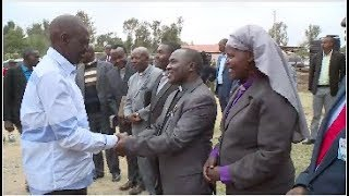 SEE RUTO DEFY UHURU CALL TO STOP POLITICS AS HE INVADES MUMBUNI MACHAKOS COUNTY!