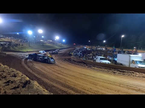 Limited Late Model at Winder Barrow Speedway June 5th 2021 - dirt track racing video image