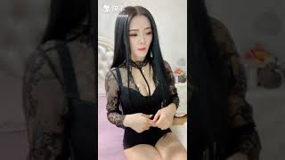 Tiktok快手KWAI 网红大波浪美女 China pretty girl