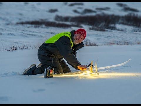Dynam Hawk sky V2. Re Maiden and hard crash - snowey fun. - UCz3LjbB8ECrHr5_gy3MHnFw