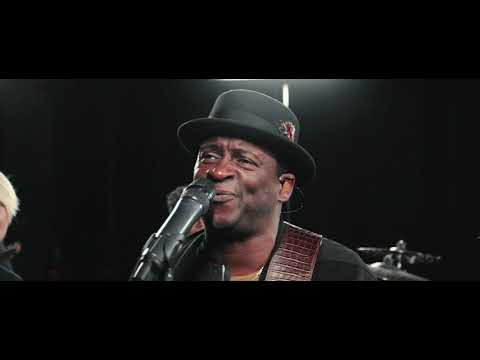 Noel Robinson - He's Able (Official Music Video)