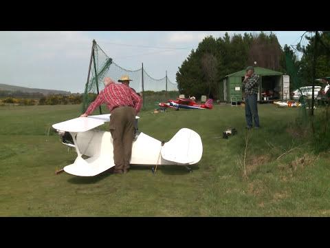 Giant RC Super  Christen Eagle first flight - UCLLKGiw9zclsM7QMg6F_00g