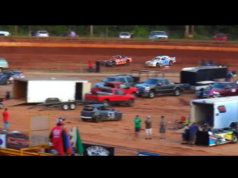 Stock V8 at Lavonia Speedway June 4th 2021 - dirt track racing video image