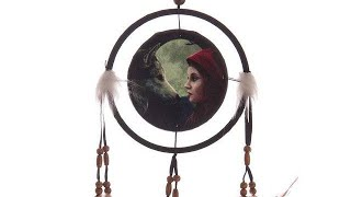 Yhon Soto Solutions - Novelty Gift Decorative Fantasy Wolf and Women Dreamcatcher Small