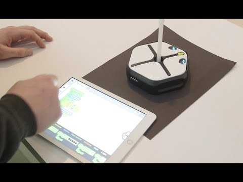 The Root robot teaches kids to code through Spirograph-style drawings - UCCjyq_K1Xwfg8Lndy7lKMpA
