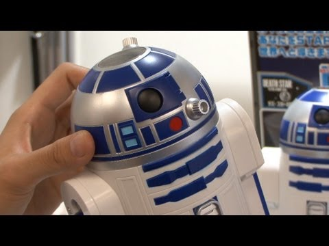 Home planetarium where R2-D2 projects the night sky #DigInfo - UCOHoBDJhP2cpYAI8YKroFbA