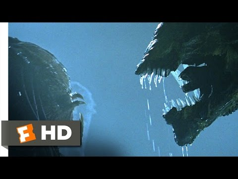 AVP: Alien vs. Predator (2004) - Battling the Queen Scene (4/5)   Movieclips - UC3gNmTGu-TTbFPpfSs5kNkg