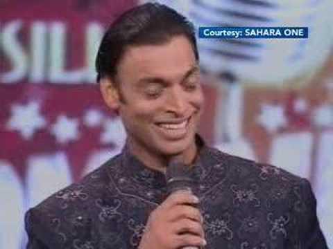 Shoaib Akhter Singing