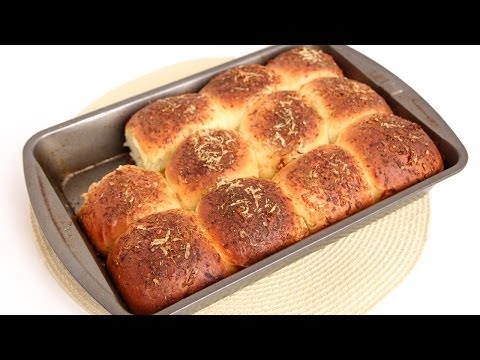 Cheesy Garlic Dinner Rolls Recipe - Laura Vitale - Laura in the Kitchen Episode 744