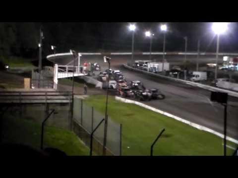 Bmod Amain @ Hamilton County Speedway 08/25/16 - dirt track racing video image