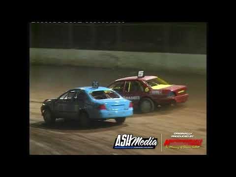 Street Sedans: Wide Bay Cup - A-Main - Maryborough Speedway - 30.12.2006 - dirt track racing video image