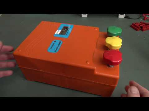 EEVblog #1277 - Electric Fence Controller Teardown - UC2DjFE7Xf11URZqWBigcVOQ
