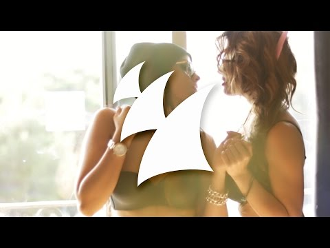 Lushington - You Got Me Baby (Official Music Video) - UCGZXYc32ri4D0gSLPf2pZXQ