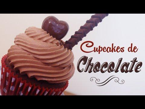 Como hacer cupcakes de chocolate   Receta fácil   Cupcakes decorados con bombones