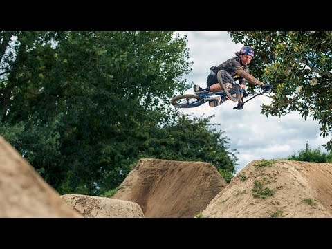BMX Bowl Sessions and Farm Jamming: Rat Pack Goes South | Episode 1 - UCblfuW_4rakIf2h6aqANefA