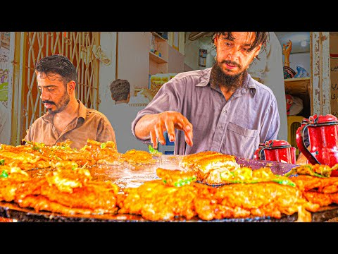 EXTREME Street Food in Pakistan – Super FAST + ANGRY Ninja BURGER – ULTIMATE Karachi BURGER Tour!!!