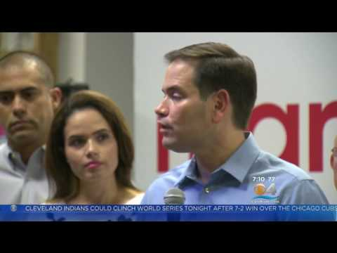 Marco Gathers with Colombian-Americans to Encourage Early Voting