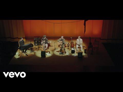 Caetano Veloso, Moreno Veloso, Zeca Veloso - Alegria, Alegria ft. Tom Veloso - UCbEWK-hyGIoEVyH7ftg8-uA