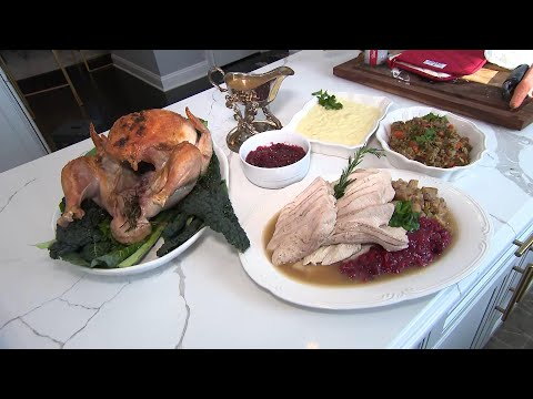 How to Cook a Thanksgiving Turkey for the 1st Time