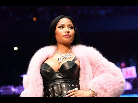 Nicki Minaj GETS KEYS TO QUEENS and SLAYS 2017 NBA AWARDS | What's Trending Now!