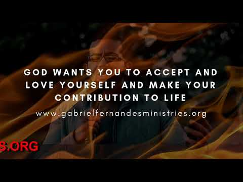 GOD WANTS YOU TO ACCEPT WHO YOU ARE AND MAKE YOUR MARK IN LIFE, Daily Promise and Powerful Prayer