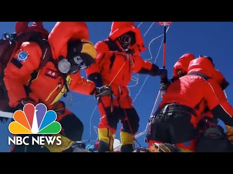 Chinese Climbers First To Scale Mount Everest In 2020 After Coronavirus Cancellations | NBC News