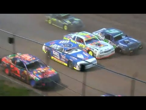Stunning Stock Car Battle | King of the Creek at 141 Speedway - dirt track racing video image