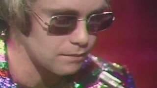 Elton John - Tiny Dancer (HQ)