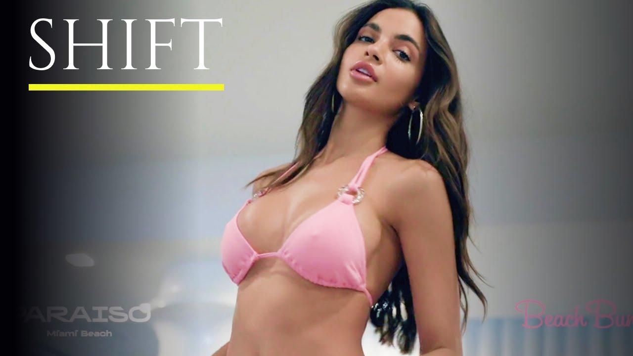 BEACH BUNNY 2021 Bikini Fashion Show / 4K / Priscilla Ricart, Celeste Bright, Haylie Turnquest
