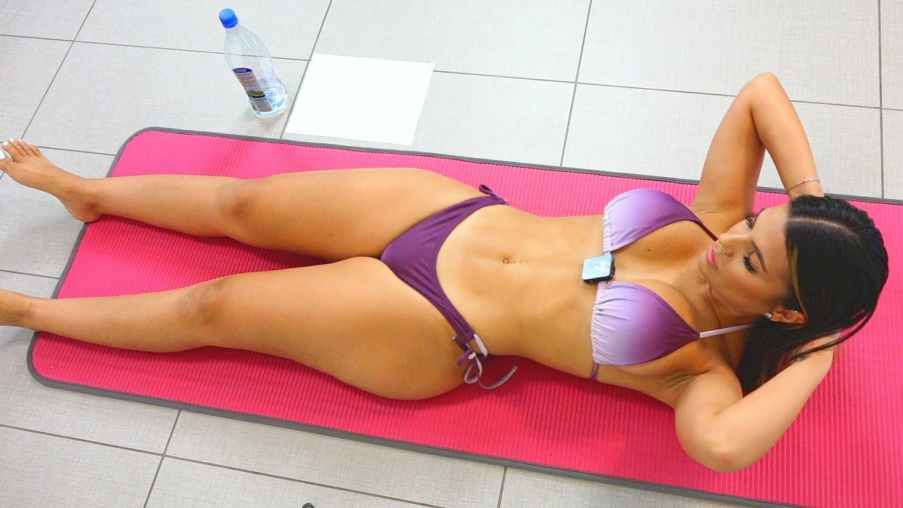 Bikini Models Sexy Stomach Workout!