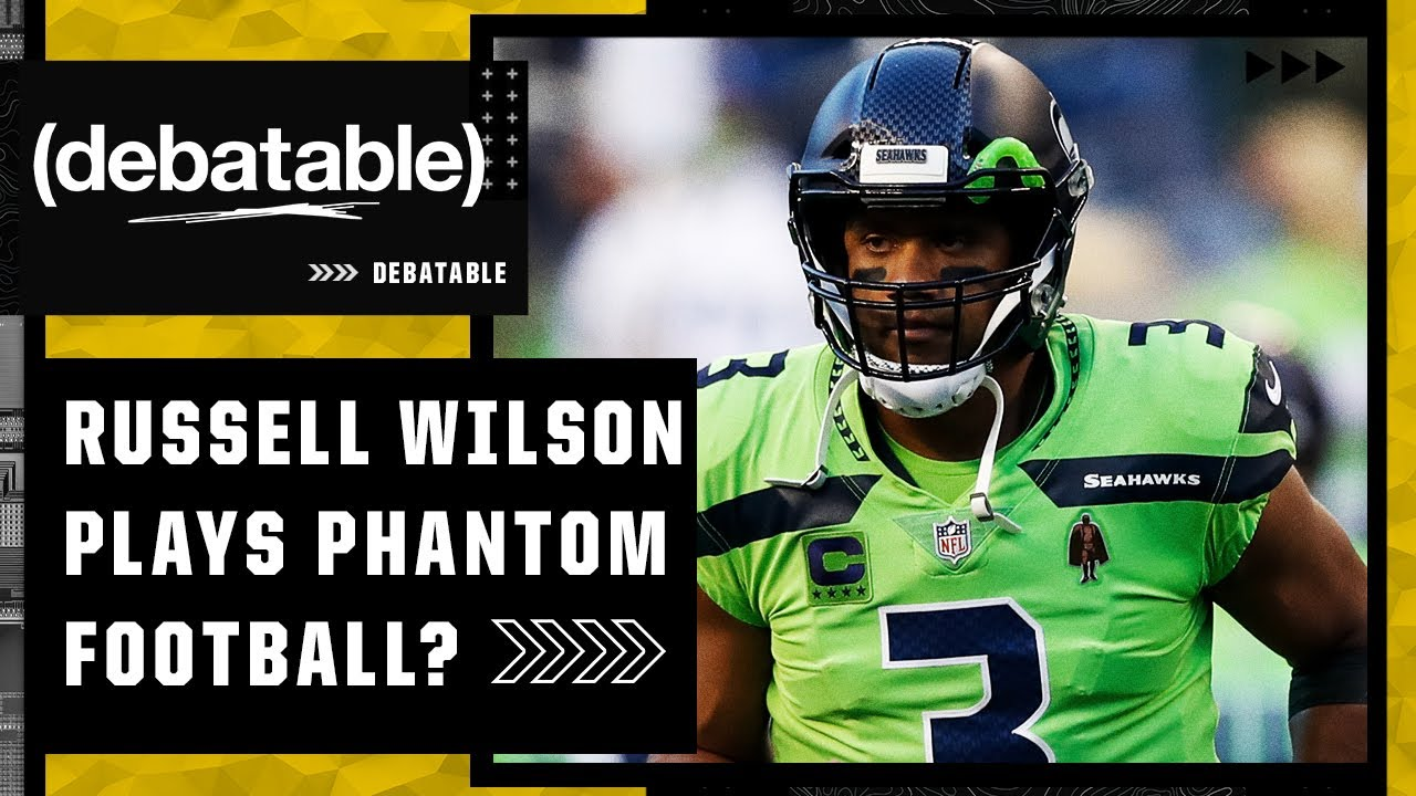 Reacting to Russell Wilson playing football without the team during pregame | (debatable)